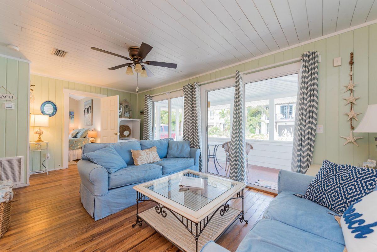 Beach Cottage 107 - Book anna maria beach cottage rental 107