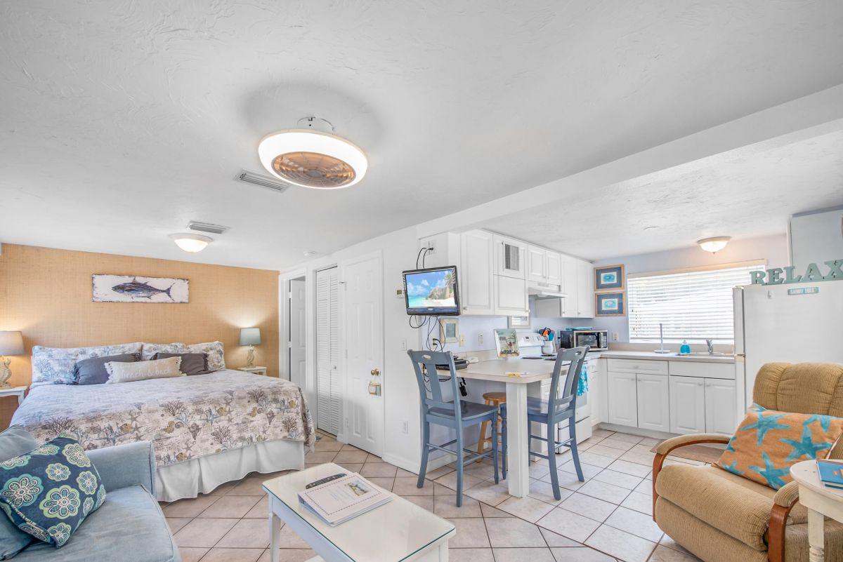 Beach Cottage 107G - anna maria property rentals